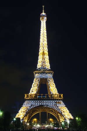 Eiffel Tower with beautiful light pattern in the dark night   Paris , France