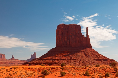 state of arizona: Peaks of rock formations in the Navajo Park of Monument Valley Utah