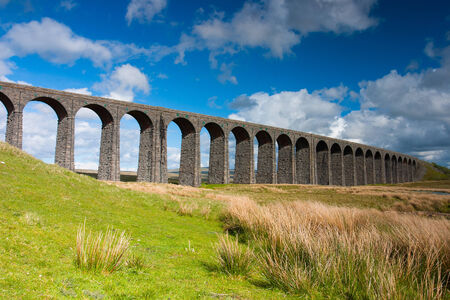 Famous Ribblehead Viaduct in Yorkshire Dales,England.It is 440 yards long and 104 feet above the valley floor at its highest point Stok Fotoğraf