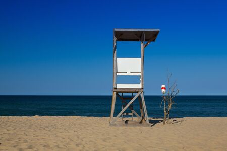 cape cod: Watchtower on the empty beach, Cape Cod, Massachusetts, USA