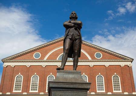 samuel: BOSTON,MASSACHUSETTS,USA - JULY 15,2016: Statue of Revolutionary Patriot, Samuel Adams, 1722-1803, in front of historic Faneuil Hall, Boston, MA