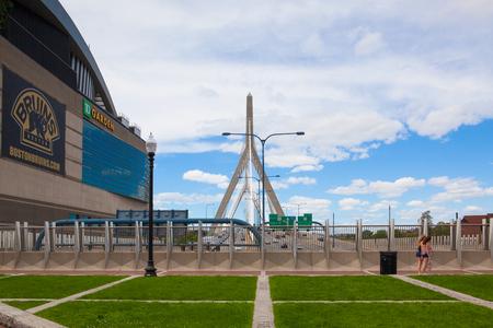 Boston, Massachusetts, USA  - July 2,2016: Zakim Bunker Hill Memorial Bridge and The Garden. TD Garden is the home of the storied NHL club Boston Bruins and NBA club Boston Celtics 報道画像