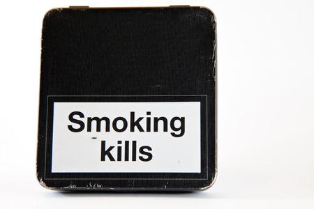 kills: Warning sign smoking kills
