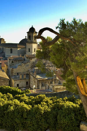 provencal: Beaucaire, provencal town