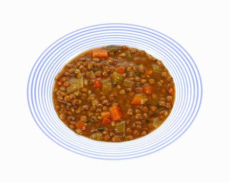렌즈 콩: 흰색 배경에 렌즈 콩 콩 수프의 오버 헤드보기. 스톡 사진