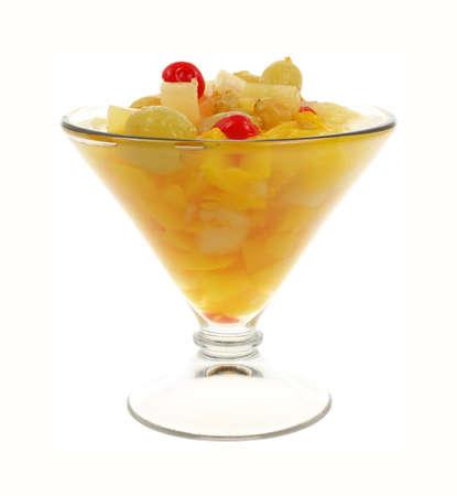 frutta sciroppata: Una vista frontale bella cocktail di frutta in scatola Archivio Fotografico