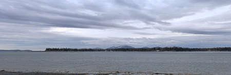racoon: Panorama z Racoon Cove, Maine w zimie. Zdjęcie Seryjne