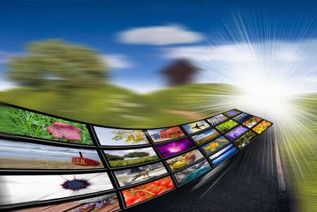 concept images: reti di comunicazione, internet e qui wireless