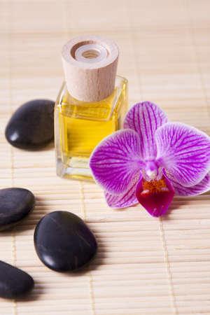oil bottle: aromatic oil bottle massage