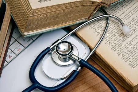 mesa de trabajo médica