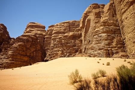 View of the desert of Wadi Rum in southern Jordan Stock Photo - 12135546