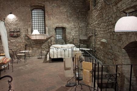 Veduta di una camera da letto medievale, Perugia - Italia