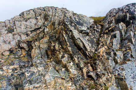 folded rock layers, Fogo Island, Newfoundland Imagens