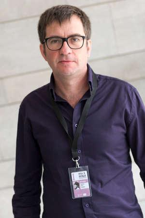 filmregisseur: Sevilla, Spanje, november 1o: Portret van regisseur Antonio Hens in Sevilla, Spanje.
