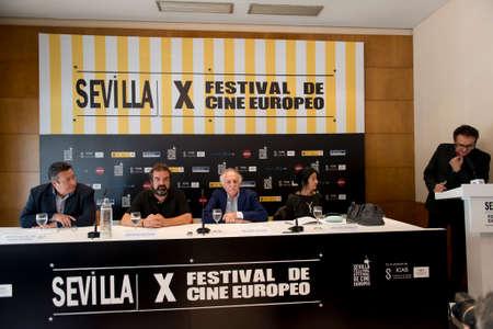 saz: SEVILLE, SPAIN, November 14: Jose Antonio del Saz Diaz de Marorga, Gervasio Iglesias, Ricardo Pachon, Mercedes de Pabo and Jose Luis Cienfuegos atends press conference of the film -Triana pura y pura- in Seville, Spain.
