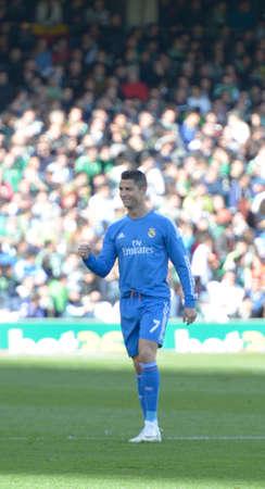 17 20: SEVILLA, ESPANA, ENERO 17, 2014:  Ronaldo celebra el primer gol del Real Madrid en el encuentro entre Real Betis y Real Madrid correspondiente a la jornada 20 de la Liga BBVA 2013-2014 disputado en el estadio Benito Villamarin el 17 de enero de 2014  en S