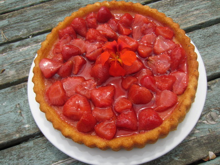 flan: Delicious Home Baked Summer Strawberry Flan