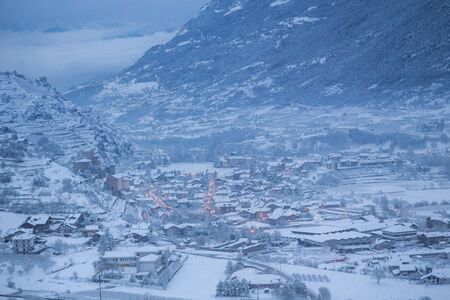 valley view: valley view in winter time