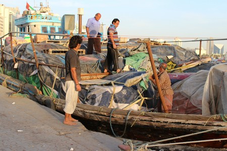bur dubai: Bur Dubai, Dubai: Goods transportation across the arabian gulf