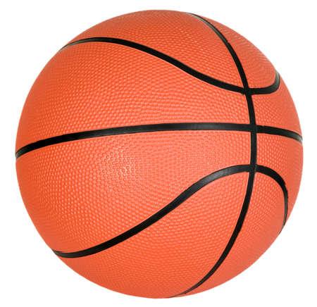 Il y a une balle orange avec des bandes noires pour un match de basket