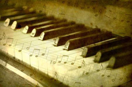 musica clasica: Teclas de pianos de blanco y negro, fondo de notas de m�sica