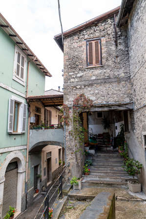 terni, italy october 16 2020: architecture of glimpses of the narrow streets of the town of Papigno 新闻类图片