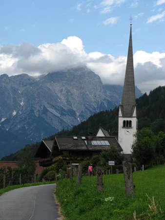 saalfelden: Gothic church in Gerling Saalfelden, Austria