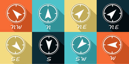 cardinal points: Icon set that shows the four cardinal points. Vettoriali