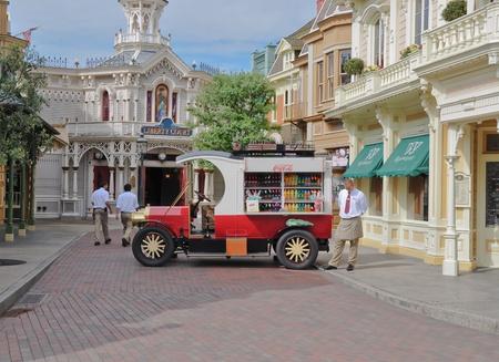 Disneyland Paris, August, 2010 - Vecchio camion Coca cola in Main Street - EuroDisney Editorial