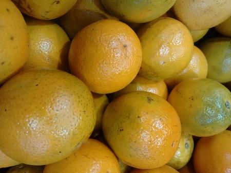 Orange, sweet orange or orange - The orange is a juicy citrus fruit with a tough reddish-yellow rind. Imagens