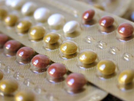 birth control: Paquetes de las p�ldoras del control de la natalidad