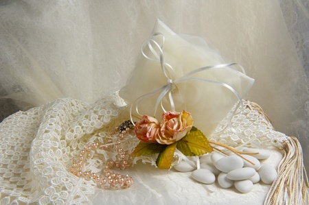 weeding Favors and wedding rings and bands for weddings and holidays Standard-Bild