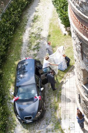 outdoor wedding in the castle of Tercesi