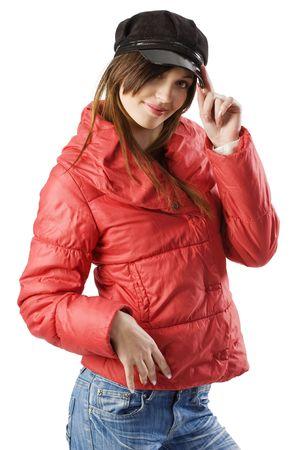 Anorak: h�bsche junge Frau mit einem roten Anorak Winter und eine sch�ne schwarze Kappe