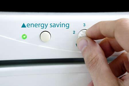 eficiencia energetica: Concepto de ahorro de energ�a y dispositivo