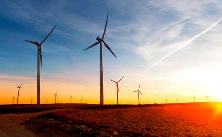 energie rinnovabili. Parco eolico. Turbine Eoliche