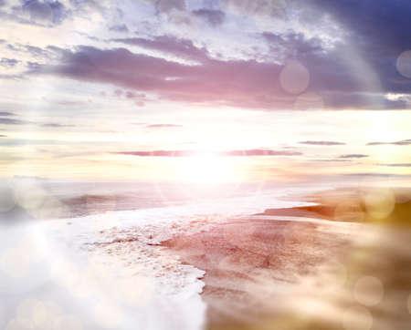 cielo y mar: luces background.Flare playa abstractas y desenfocado