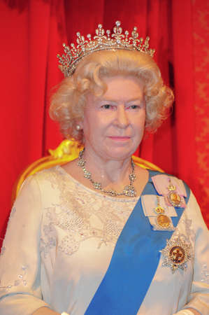 the majesty:  Her Majesty The Queen - wax figure at Madame Tussauds in london