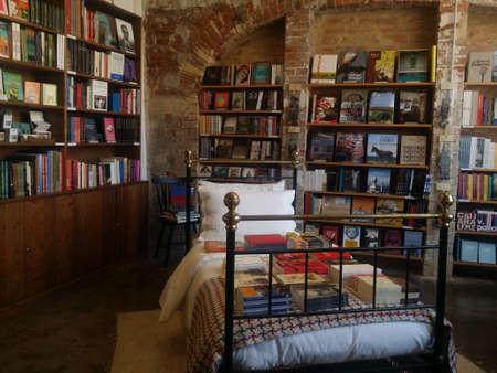 Dream Of Books Editorial