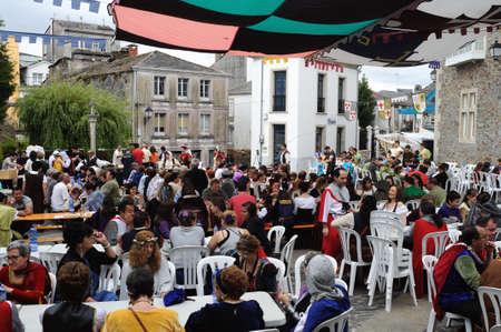 humo: Vilalba , SPAIN- 9 JULY , 2011 -  Traditional Lunch  Medieval Festival  VILALBA.  Province of  Lugo.  Galiza . SPAIN