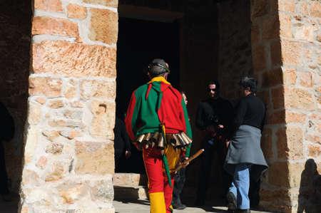 """Retiendas, ESPAÑA - 06 Febrero, 2011 -; CARNAVAL """"Botarga - Motley LA CANDELARIA"""" Retiendas (rango Tamajn montaña) Provincia de Guadalajara. Castilla-La Mancha. ESPAÑA Foto de archivo - 12256496"""