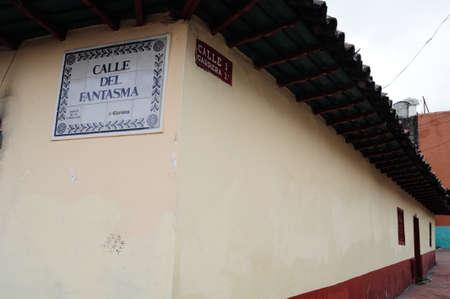 """""""La Candelaria"""" a Bogotà. Dipartimento di Cundimarca. COLOMBIA Editoriali"""