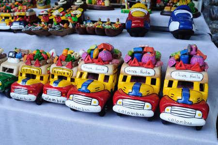 coche: Chiva souvenir.Plaza Santander in NEIVA. Department of Huila. COLOMBIA