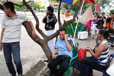 huila: Llamadas de tel�fono. Plaza Civica - Los Libertadores en Neiva. Departamento del Huila. COLOMBIA