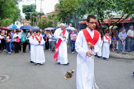 crucis: Via crucis - Easter in Buenos Aires district  MEDELLIN - Department of Antioquia. COLOMBIA   Editorial