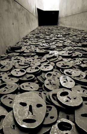 Museo jud�o detalle interior, Shalechet hojas ca�das en una secci�n del Vac�o, Berl�n, Alemania, proyecto del arquitecto Daniel Libeskind Foto de archivo