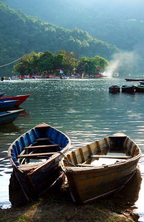 pokhara: Pokhara Nepal Fewa Lake