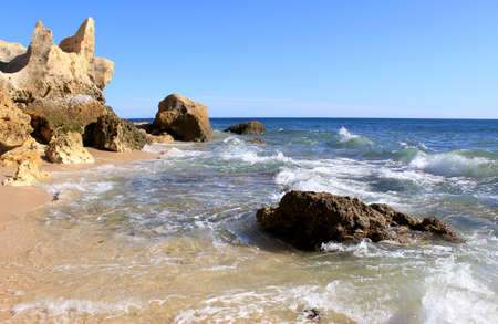 Western Algarve beach scenario (Praia do Chiringuito - Albufeira), Portugal Stock Photo - 15854327