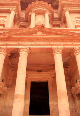 The treasury at Petra, Lost rock city of Jordan  Petra Stock Photo - 16372207
