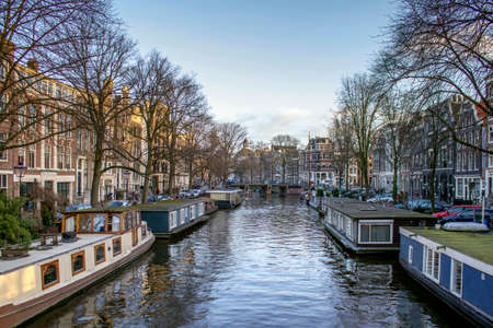 dutch canal house: View of one of the Unesco world heritage famous city canals (Brouwersgracht) of Amsterdam, The Netherlands.